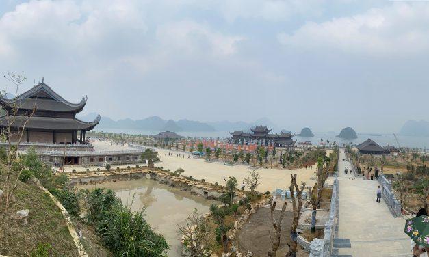 Chùa Tam Chúc – Du lịch tâm linh Tam Chúc